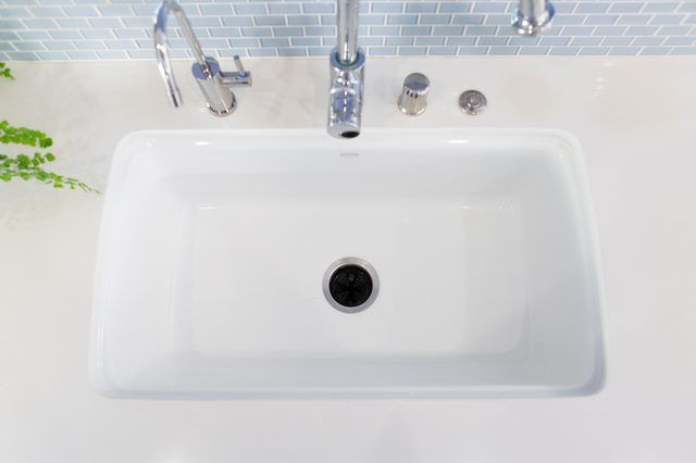 How To Clean Kitchen Sink Drain Naturally