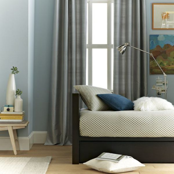 A modern Parsons daybed