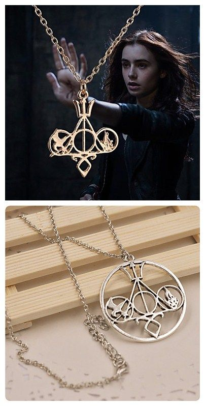 Hunger Games's necklace. Get alert Hunger Games' lovers, you gonna need this necklace. More Hunger Games' gadgets here in great price.
