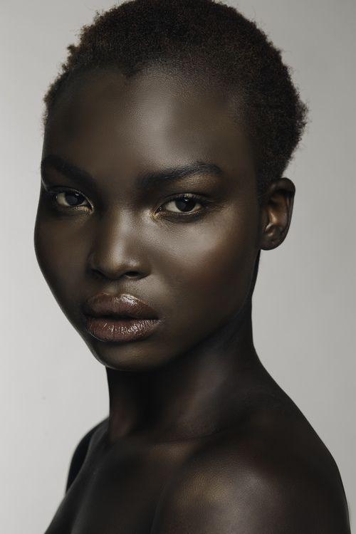 Model: Nya from Spot 6 Photo: Peter Hart Hair and Makeup Ann Oster