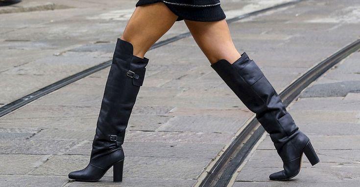 Pokud chcete tuto sezonu stoprocentně upoutat pozornost, nesmí vám chybět kozačky nad kolena. Dokud to počasí dovolí, noste je na holé nohy, je to neuvěřitelně sexy. Ale pozor! Tyhle botky chtějí cit. Velmi snadno v nich můžete působit zbytečně vulgárně (mix se zvířecími potisky, mini délkami...).    Košile s vázankou