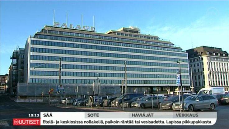 Helsingin ravintolakulttuurin historiaa myytiin tänä pala palalta pois ravintola Palacen irtaimiston huutokaupassa.