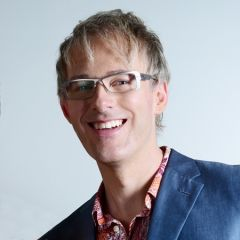 Proud to present Stephen Johnson from eunèv. com as our new jury member Eventex Awards