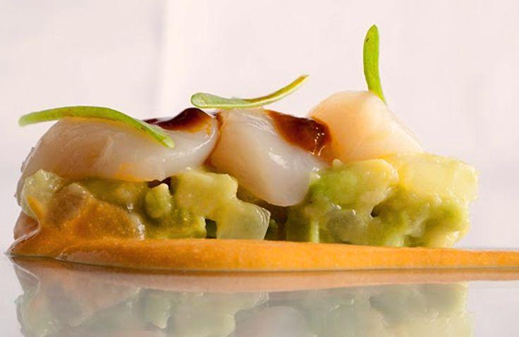 Vieiras Marinadas Sobre Guacamole Y Su Coral De Pepe Solla  | Gastronomía & Cía