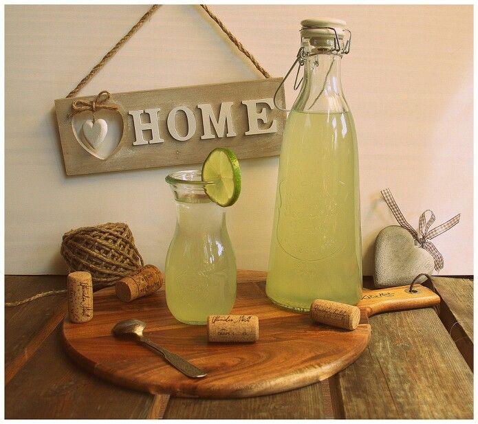 Osvěžující okurková limonáda s mátou pro Impulsovi   http://www.naskokvkuchyni.cz/osvezujici-okurkova-limonada-s-matou/