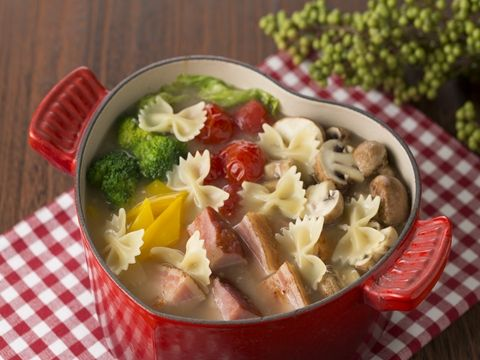 Looks so tasty! / ベーコンとビタミン野菜のパスタ鍋