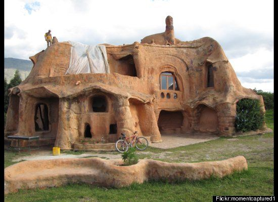PHOTOS: 20 Unusual Houses That Are Now Tourist Attractions