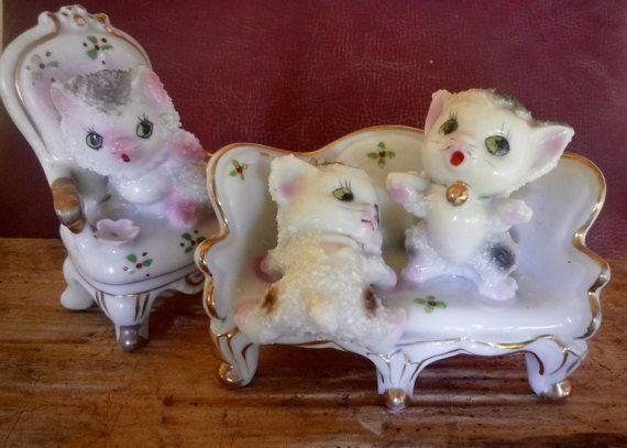 Kitsch 1950s stucco ornamental cats on Regency by itsretrodarling