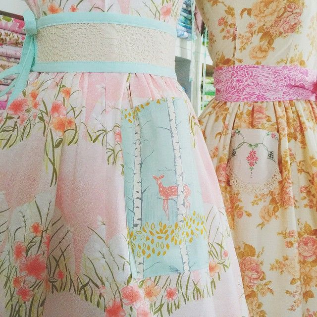 Little details... Matchstick quilted vintage crochet sash with deer pockets and a pink swan sash with vintage embroidery pockets. So much fun!!{ Gertrude Made Tea Dress }#vintagelove #countrywedding #vintagewedding #vintagefloral #bridesmaids #allofthepretty  www.gertrudemade.com