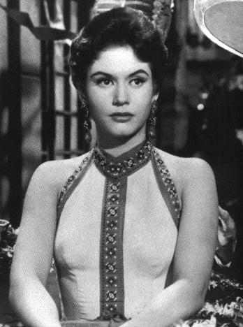 Ana Bertha Lepe Q.E.P.D. 12 de septiembre de 1934 - 24 de octubre de 2013.  Una de las mejores actrices mexicanas durante la Era Dorada Mexicana del cine.