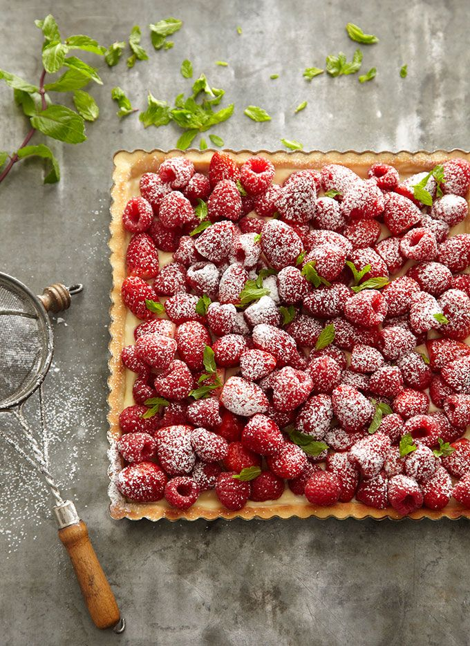Strawberry Raspberry Tart | Friday Favorites at www.andersonandgrant.com