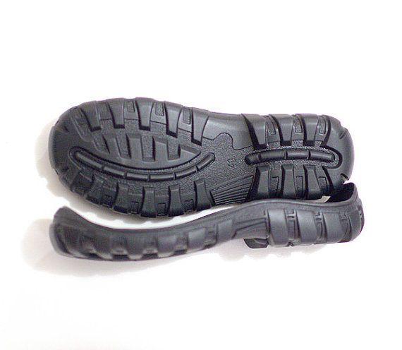 Semelles de caoutchouc noir pour vos propres tailles de par Rasae