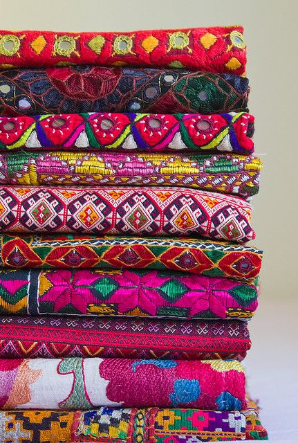 .. sindhi bedspreads .. #indian #fabrics @Phoebe Kenny how much do you wish we could go back and get some more :(