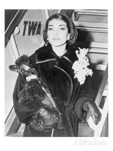 Maria Callas in New York airport, 1958. Pic via http://www.allposters.com