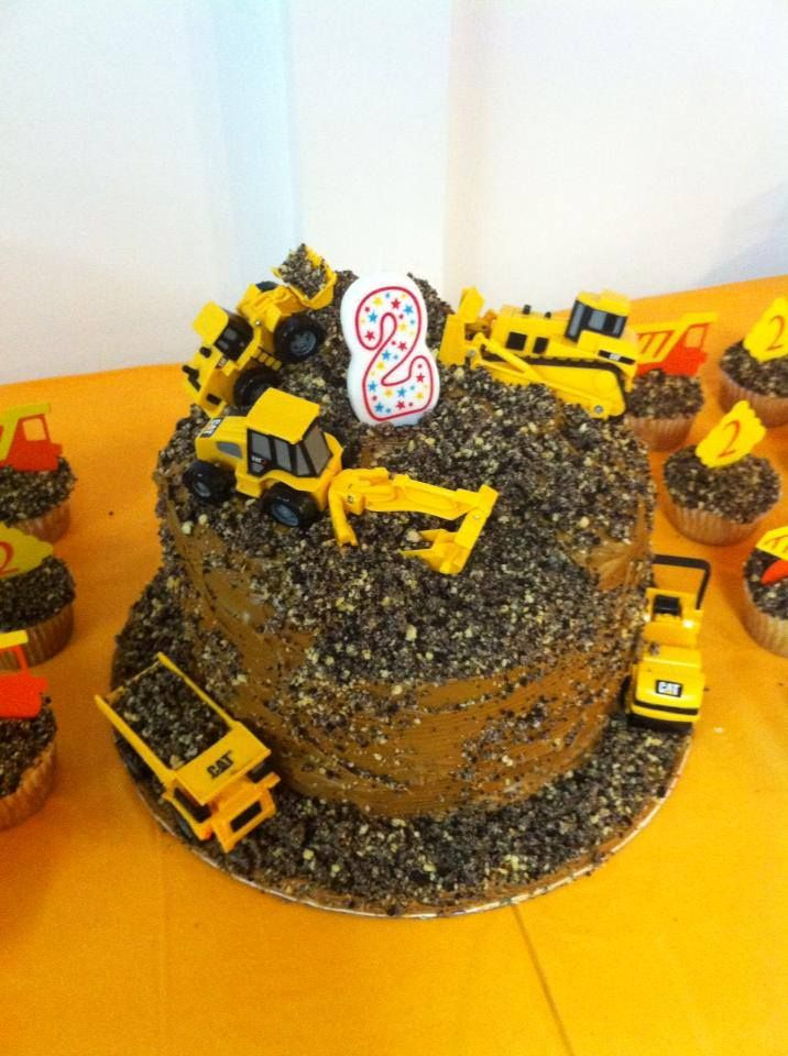 Construction Themed Birthday Cake I Made For My Sons 2nd