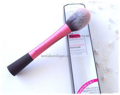 Benim Tutkum - Kozmetik ve Bakım Hakkında Herşey: Real Techniques Blush Brush - Allık Fırçası