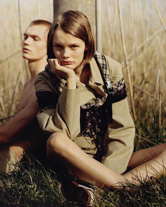 The Dreamers. Model: @Kris_Grikaite Photo: @BenWellerStudio Style: @MargheritaMoro./Ждёте хорошую погоду? На выходных займитесь изучением модных трендов весны: хлопковые жакеты и брюки клетчатые рюкзаки и белые кружевные топы - в нашей съёмке в майском Vogue.  via VOGUE RUSSIA MAGAZINE OFFICIAL INSTAGRAM - Fashion Campaigns  Haute Couture  Advertising  Editorial Photography  Magazine Cover Designs  Supermodels  Runway Models