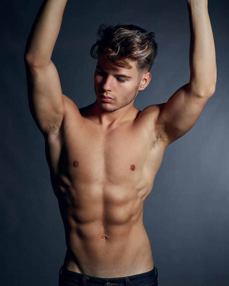 PHOTOS OF CUTE SEXY NAKED GUYS FOR CUTE GUYS!