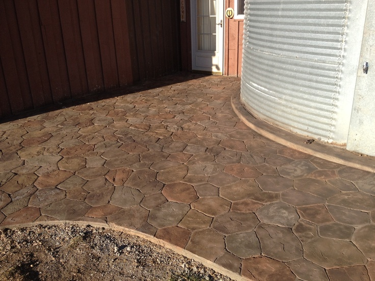 Decoratied Stamped Cement | Random Stone Stamped Concrete Patio  (Riverstone) | Downey Decorative