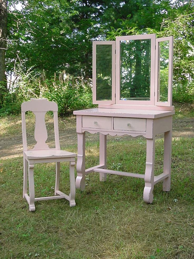Retro Furniture Makeovers - I Antique Online