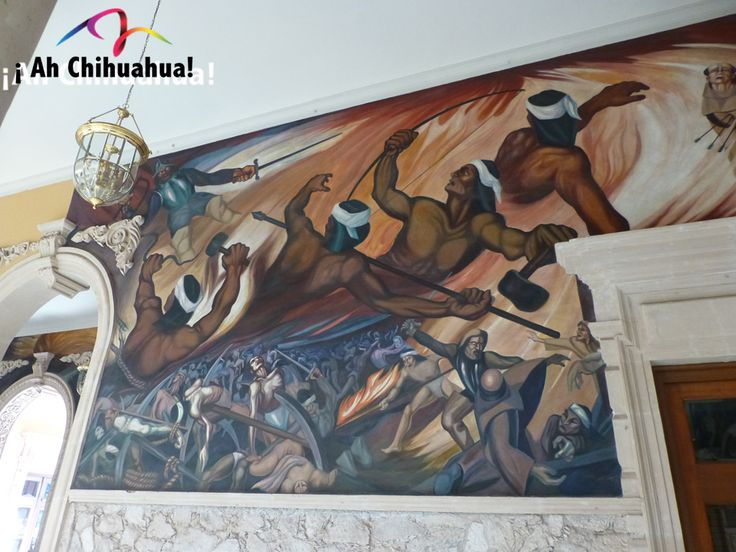 TURISMO EN CHIHUAHUA. Los murales del Palacio de Gobierno fueron realizados por el artista Aarón Piña Mora. Estos siguen la costumbre que se inició desde la época de la Revolución, en los edificios públicos para mostrar costumbres, tipos de alimentación y partes importantes de la historia. Visite estos monumentales murales sólo en Chihuahua. #visitachihuahua