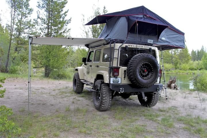 roof top tent with canopy