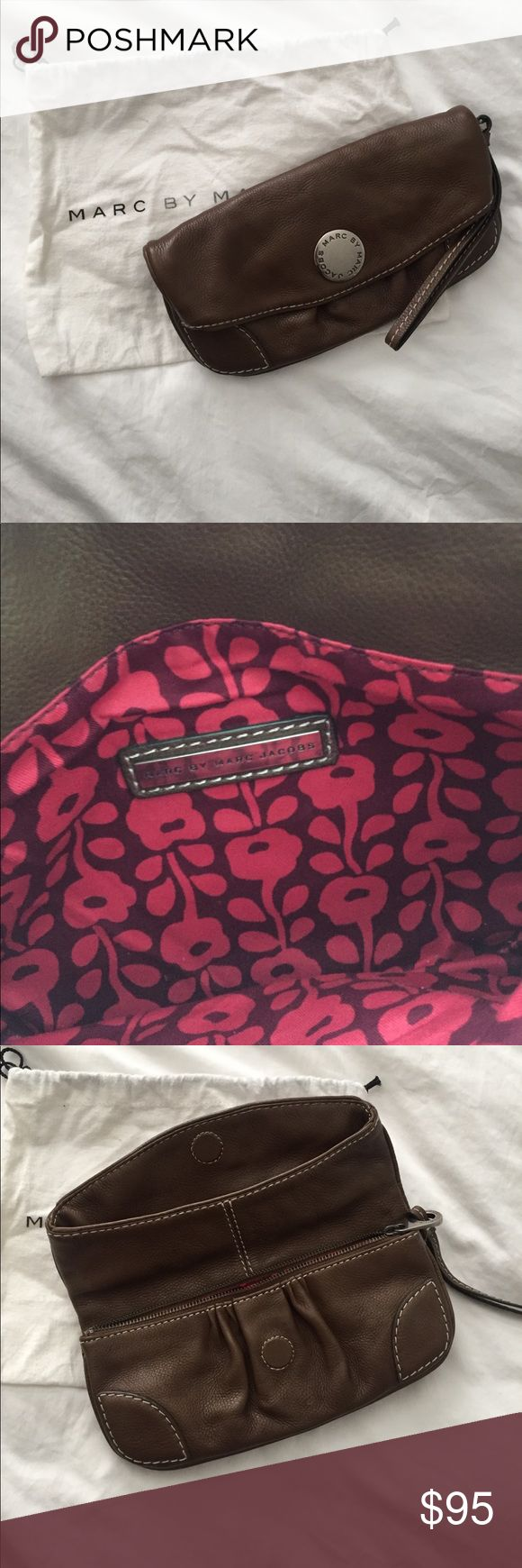 Marc by Marc Jacobs clutch Cute clutch for day or casual night wear Marc Jacobs Bags Clutches & Wristlets