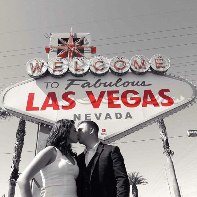 11 best simple las vegas wedding images on pinterest las for Las vegas sign wedding