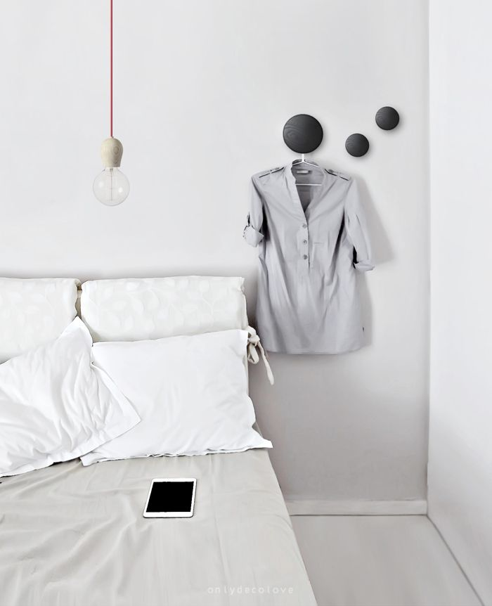 10 clever ways to use Muuto The Dots Wall Hooks in your Home, via We-Are-Scout.com. #muuto #interiors #wallhooks #bedroom #minimalist