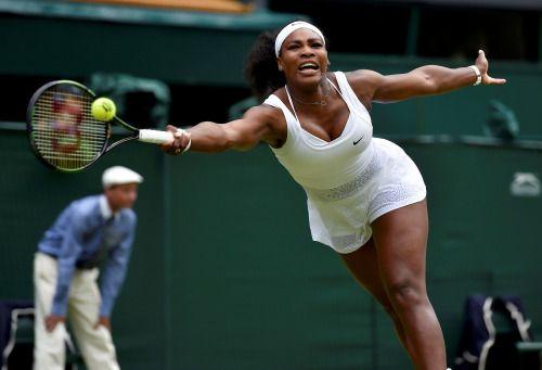 Serena sólida ante su hermana Venus.   Wimbledon 2015