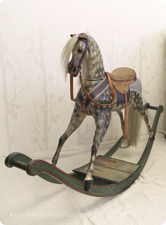 Old rocking horse ~ our house is perfect for one of these, in the diner. I REALLY WANT ONE.