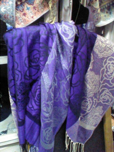 Purple pashmina