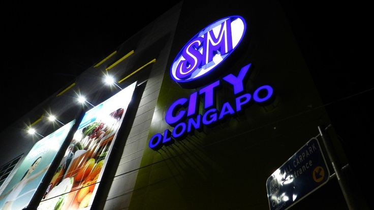 Reader's Digest votes SM Supermalls as most valued and preferred shopping mall brands in the Philippines