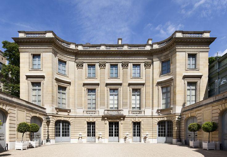 Hôtel Moïse de Camondo (1912) 63 rue Monceau Paris 75008. Architecte : René Sergent. Façade sur cour.