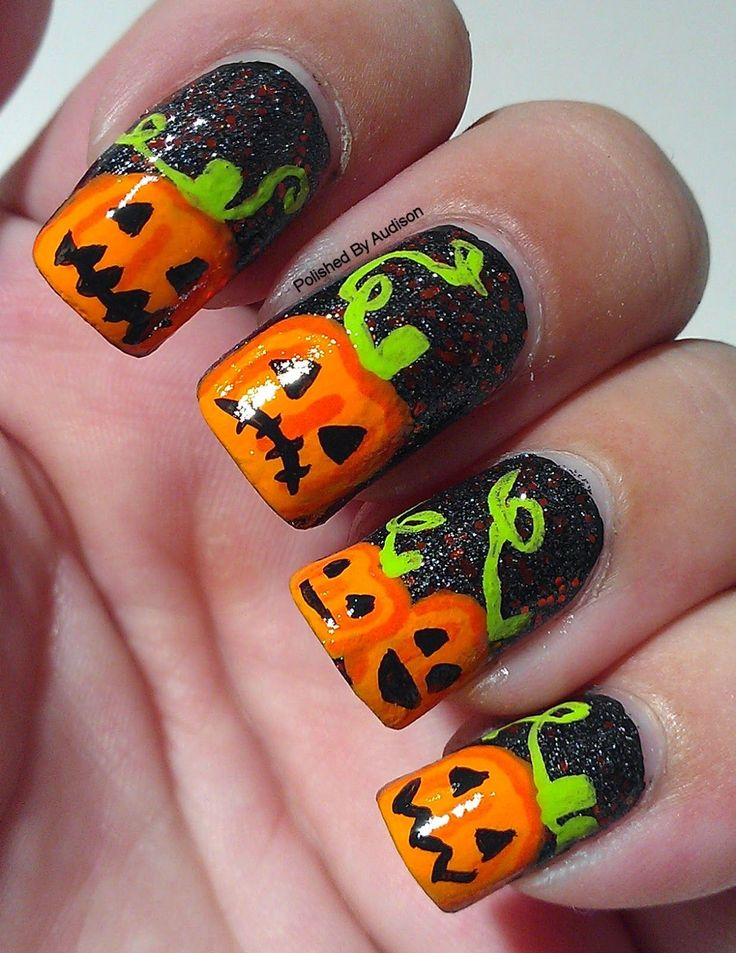 Polished By Audison: 13 days of Halloween | Pumpkin Nail Art