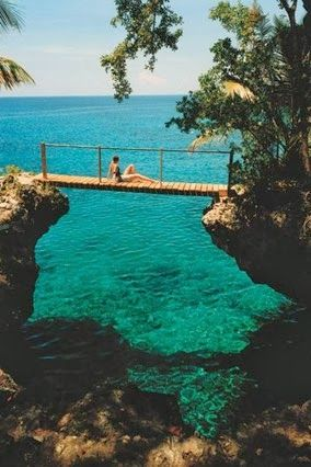 Robinson Crusoe Fantasy-Like Hotel in Jamaica