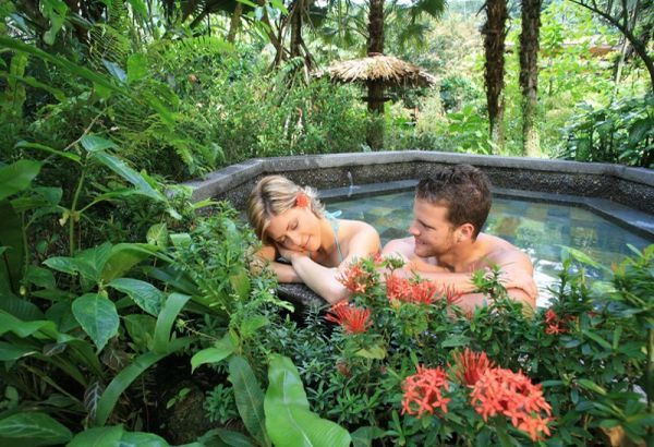 Best affordable destinations for honeymooners on a budget : Wedding Clan