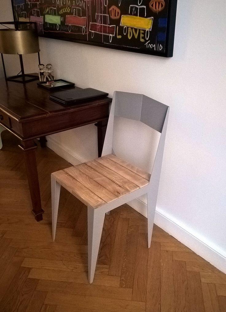 #chaise Bol Oré Pliage Comme Un Origami Et Bois De Hêtre Massif De  Récupération