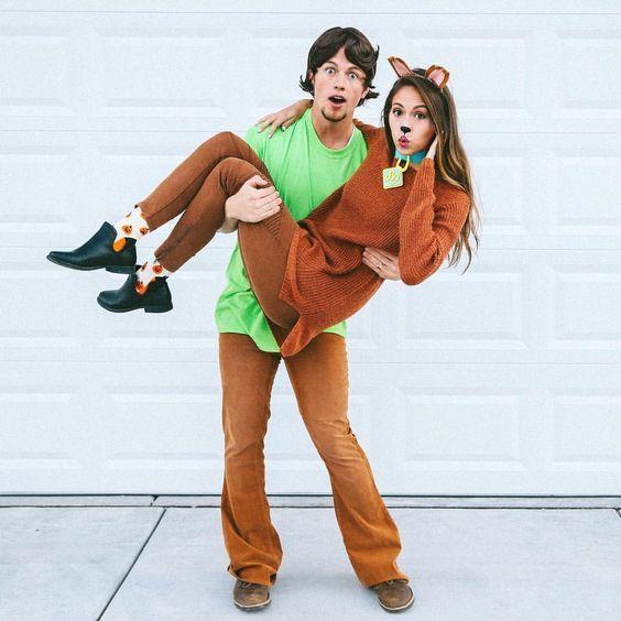 DIY Scooby Doo & Shaggy Halloween Couple Costume Idea