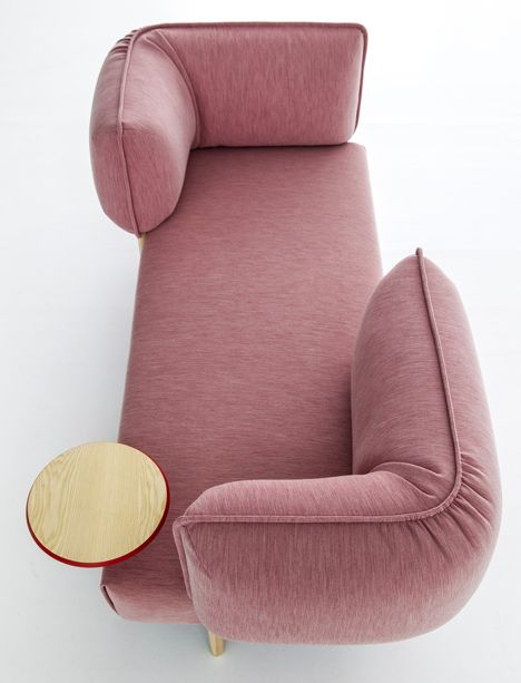 Patricia Urquiola upholsters modular sofa for Moroso in jersey fabric -- great modular sofa, love the versatility of -- could be a hangout spot and a work spot all at once!