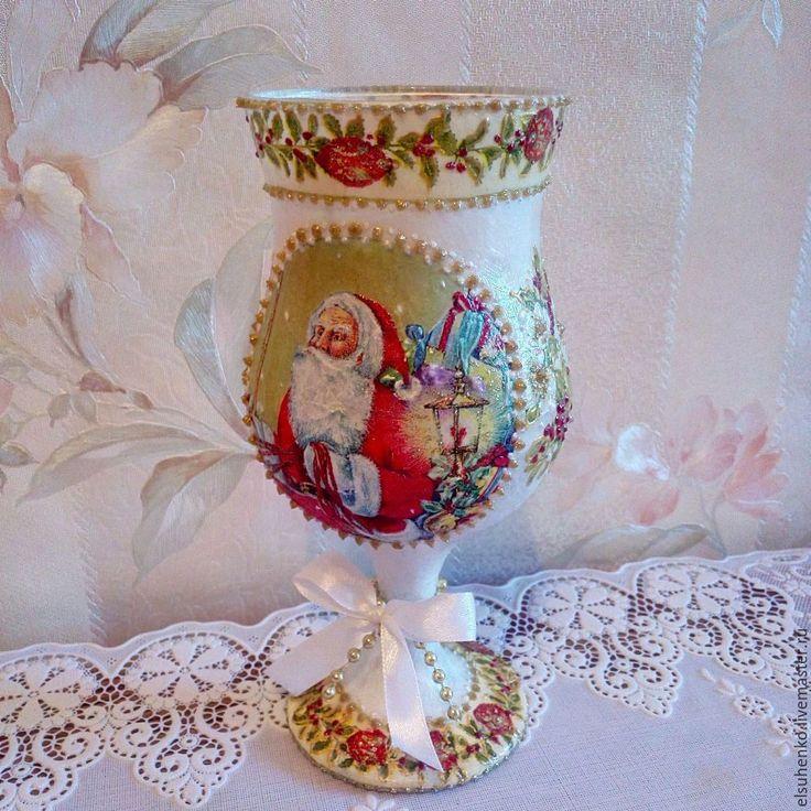 Купить или заказать Подсвечник 'Дедушка Мороз' в интернет-магазине на Ярмарке Мастеров.