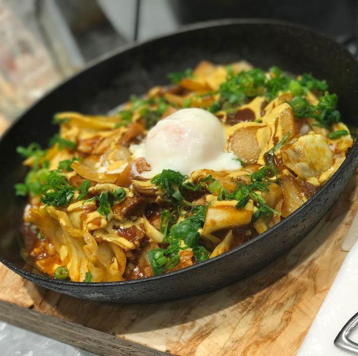 キャベツと牛すじの大阪カレー  野菜を食べるカレーCampさんの 大阪だけの期間限定カレーらしいです  #やっぱりカレーは最強の食べ物 #カレーは飲み物  #カレーは心が優しくなる