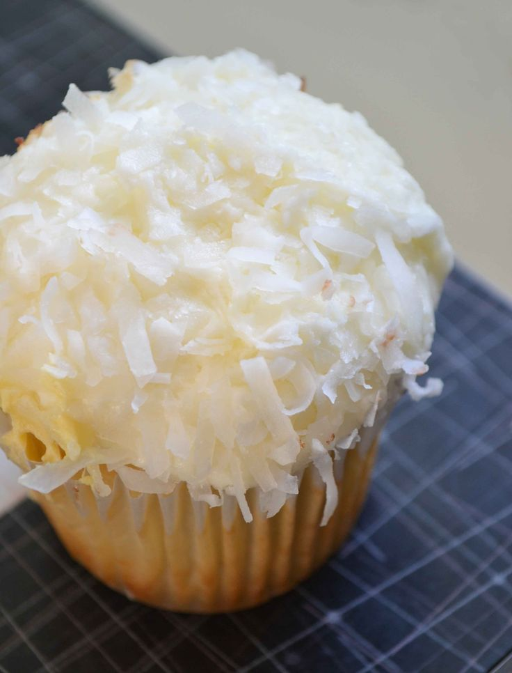 Coconut cream cupcakes - my favourite!Coconut Cream Cupcakes, Coconut Cream Pies, Coconut Cake, Cupcakes Recipe, Coconut Milk, Dinner Ideas, Coconut Cupcakes, Healthy Recipe, Cupcakes Rosa-Choqu