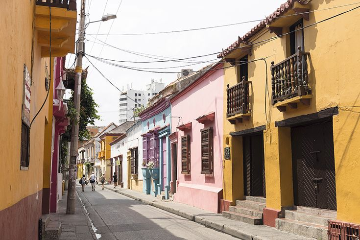 Nascida da fusão explosiva de influências colombianas, espanholas e africanas, Cartagena é uma das cidades mais apelativas da América Latina, onde Philip Sweeney descobriu uma cultura gastronómica promissora e que vale a pena destacar.