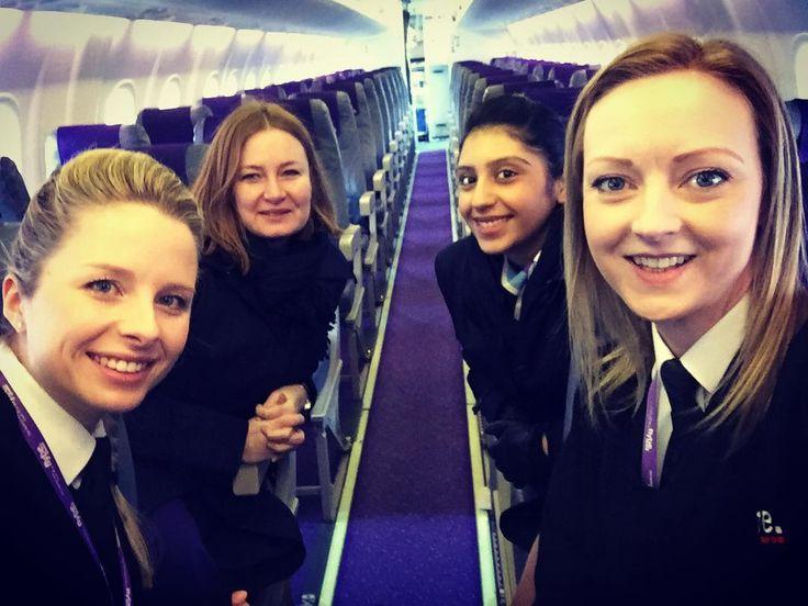 All female crew today  #iwd #internationalwomensday #femalepilot #doingitforthegirls #thisgirlcan #femalecaptain #pilot #instagramaviation #avgeek #aviation #goodvibes #goodvibesonly #highvibes #highlife