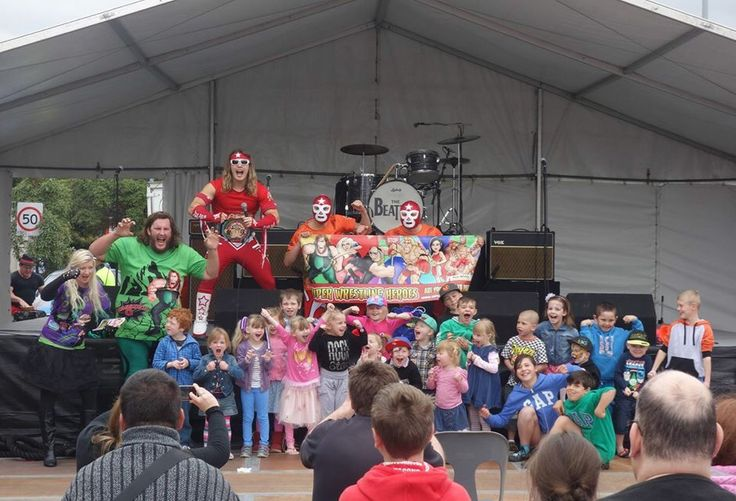 Good times today down at the Dapto Street Fair!  To have the Super Wrestling Heroes be a part of your next party or event visit www.superwrestlingheroes.com.au  ARE YOU READY TO PARTY?! #superwrestlingheroes #daptostreetfair #Illawarra