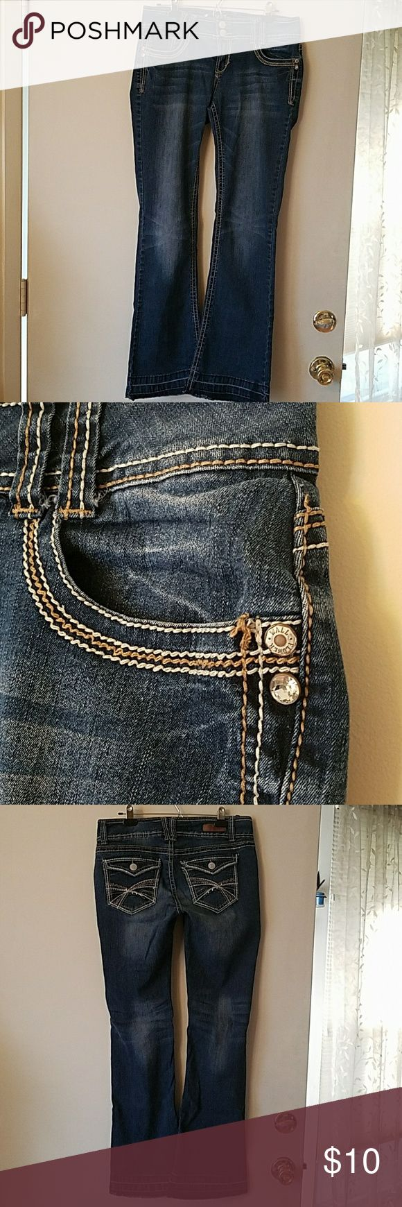 """Wallflower Jeans,  Size 13 In seam 32 with a 10 inch leg opening.  Note,  I pulled the seams out to make them longer so if you chose to hem them,  they would be shorter than 32. Studded with silver on the back pockets and """"diamonds"""" on the front pockets. Wallflower Jeans Boot Cut"""