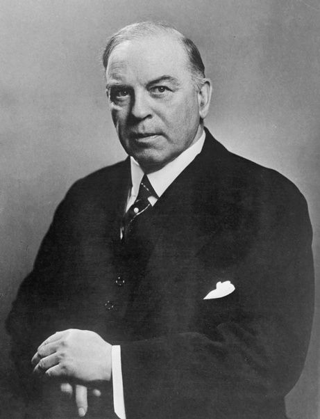 Canadian prime minister William Lyon Mackenzie King, also known as Weird Willie, gazed into his crystal ball, communed with his dead dogs, and saw images in his shaving cream. Yet many historians believe that he was our greatest prime minister ever. For more: www.elinorflorence.com/blog/mackenzie-king