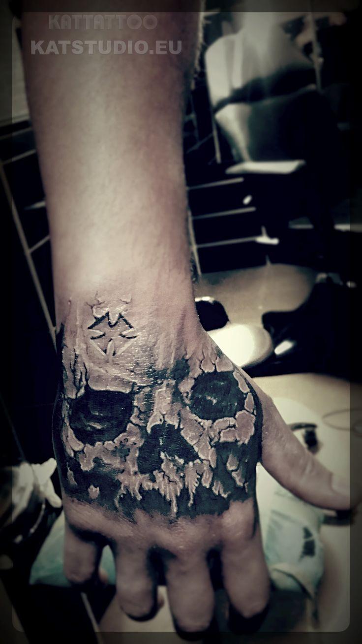 3d tattoos that will boggle your mind bizarbin - Skull Tattoo Tatua Czaszka