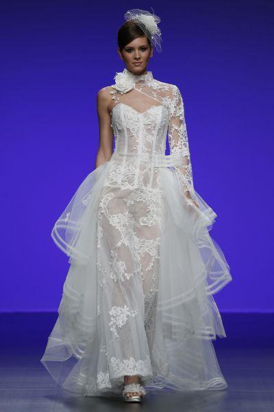 Robes de mariée Cymbeline 2016 : Quand avant-garde et tradition se lient à la perfection Image: 27